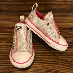 Converse All Star Simple Slip Low Silver Hearts